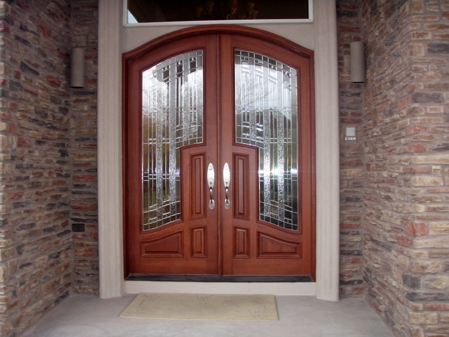 wooden entrance double door with custom etched glass in indianapolis & arched top radius wood doors for sale in Indianapolis ... pezcame.com